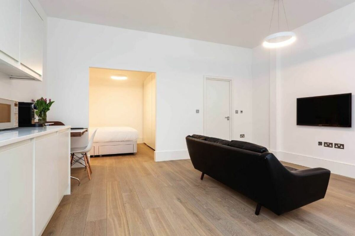 Living Area, Swiss Cottage Serviced Accommodation, Finchley