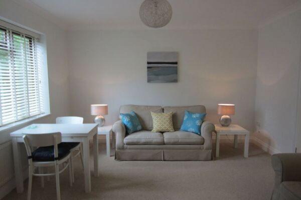 Moonsgate Apartments - Horsham, United Kingdom