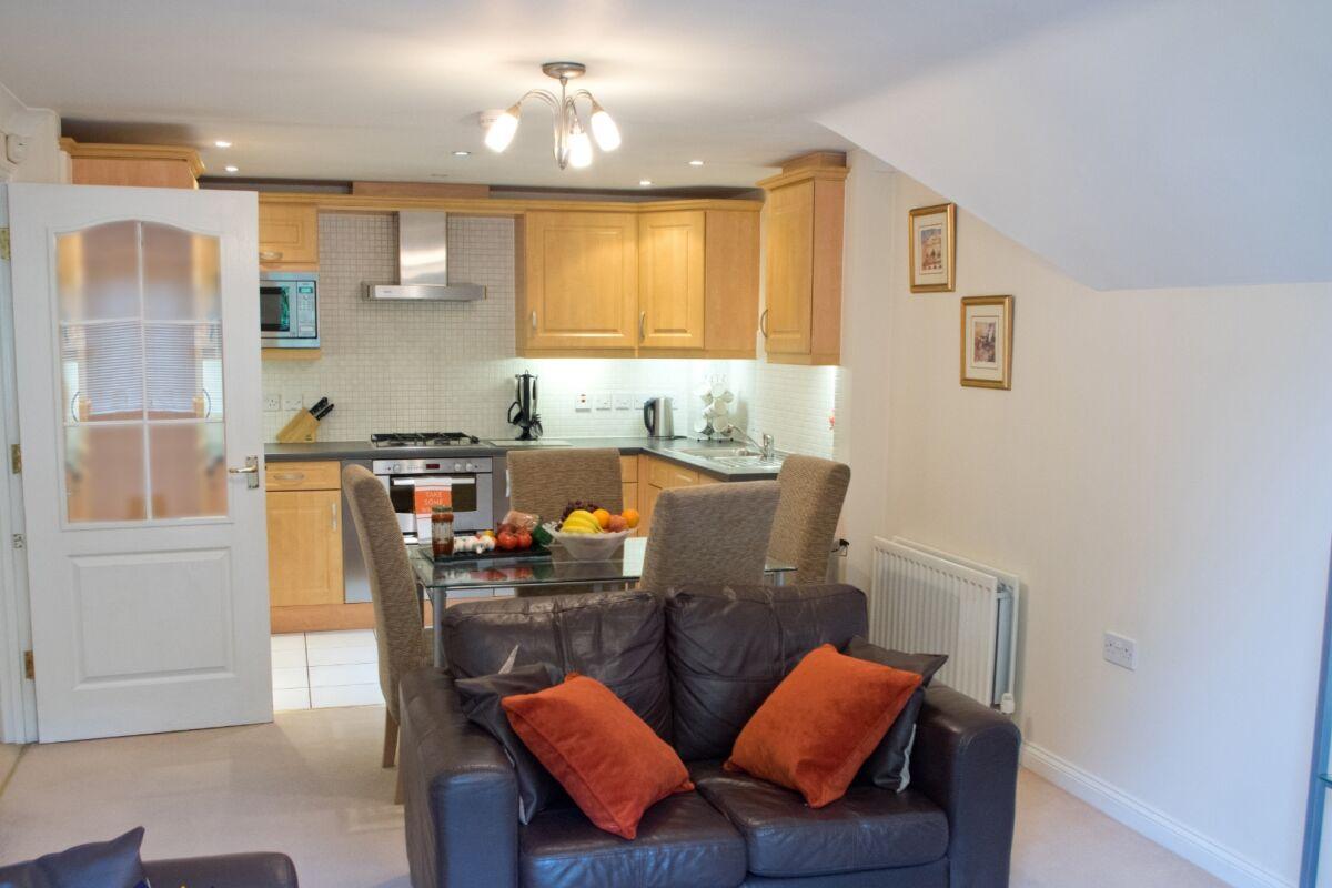 Living Area, Bounty Suite Serviced Accommodation, Basingstoke