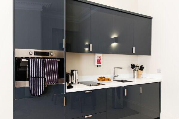 Kitchenette, Suffolk Lane Serviced Apartments, London