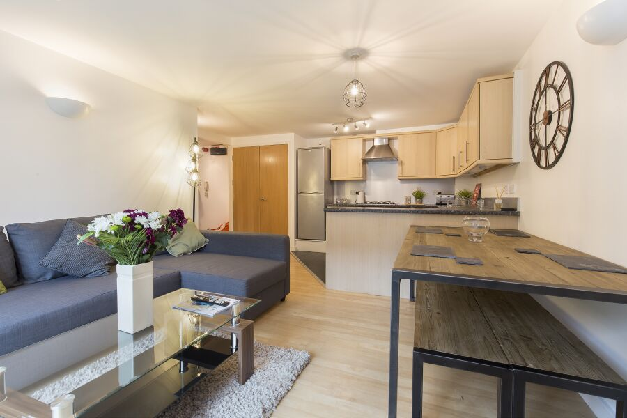 Raleigh Square Apartments - Nottingham, United Kingdom