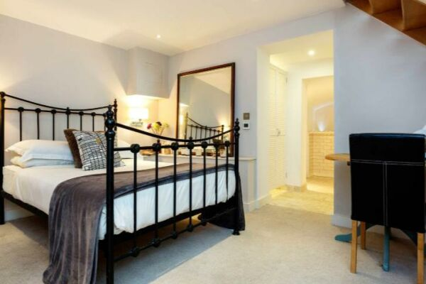 Bedroom, Atrium Serviced Accommodation, London