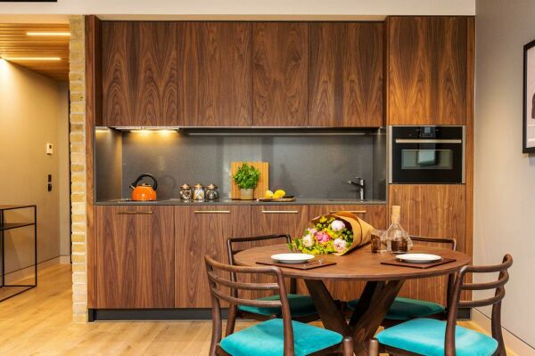 Kitchenette and Dining Area, Bankside Serviced Apartments, London