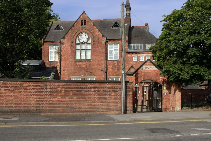 Charterhouse School Accommodation - Hull, United Kingdom