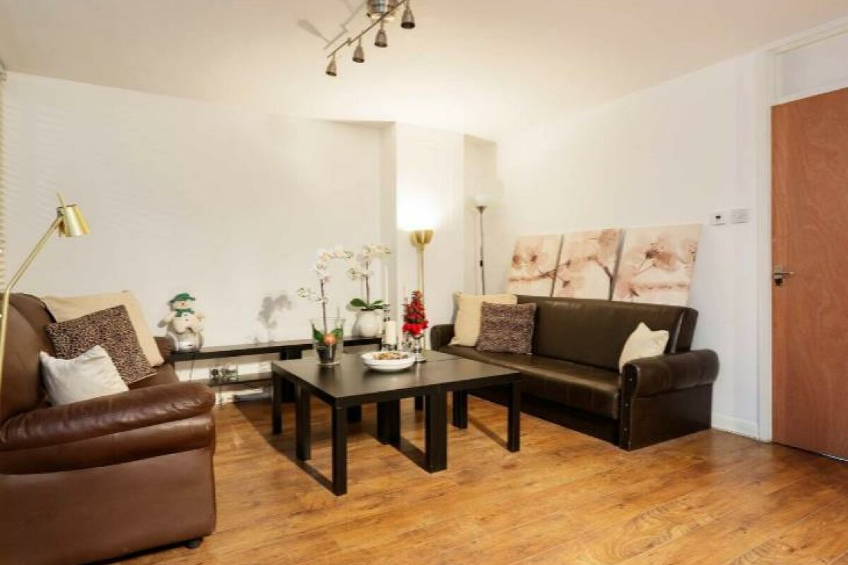 Living Area, Chelsea Garden Serviced Apartment, London