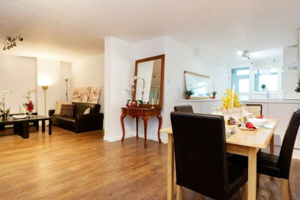 Living and Dining Area, Chelsea Garden Serviced Apartments, London