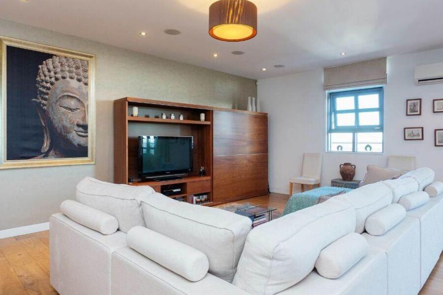 Wimbledon Hill Road Apartment - Wimbledon, West London