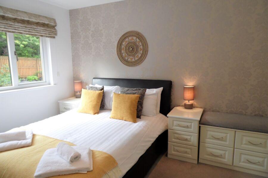 Canonbie House Accommodation - East Kilbride, Lanarkshire