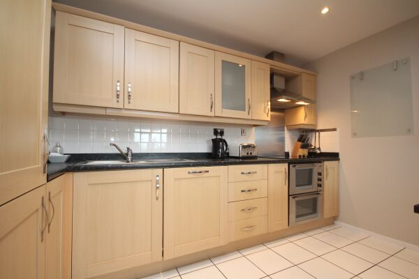 Kitchen, The Napoleon Serviced Apartment, Leamington Spa