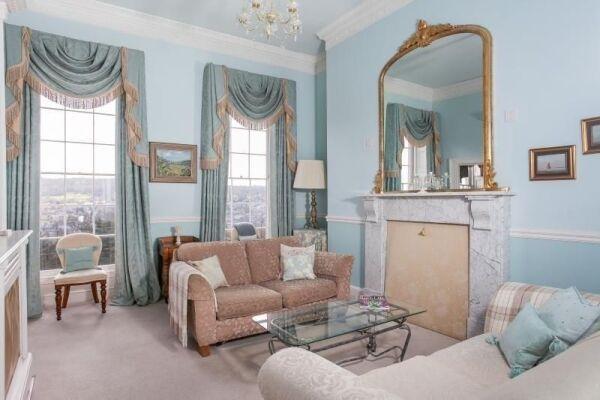 Living Area, Camden Crescent Serviced Apartment, Bath