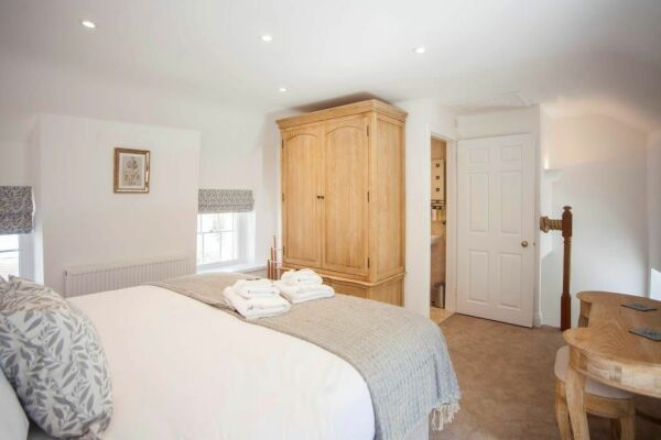 Bedroom, Ralph Allen Cottage Serviced Accommodation, Bath