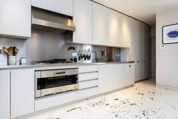 Kitchen, Portobello Road Serviced Accommodation, London