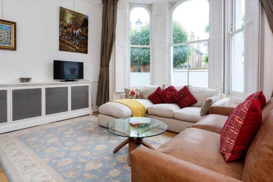 Kensington Townhouse Accommodation - Kensington, Central London