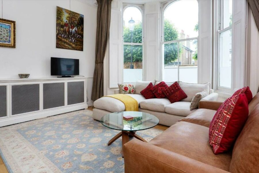 Kensington Townhouse Accommodation - Kensington, Central London