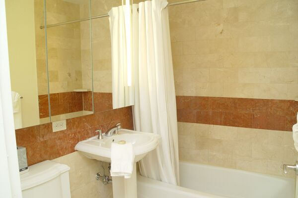 Bathroom, The Marc Serviced Apartments, Hell's Kitchen, New York