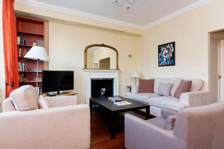 Westgate Apartment - South Kensington, Central London