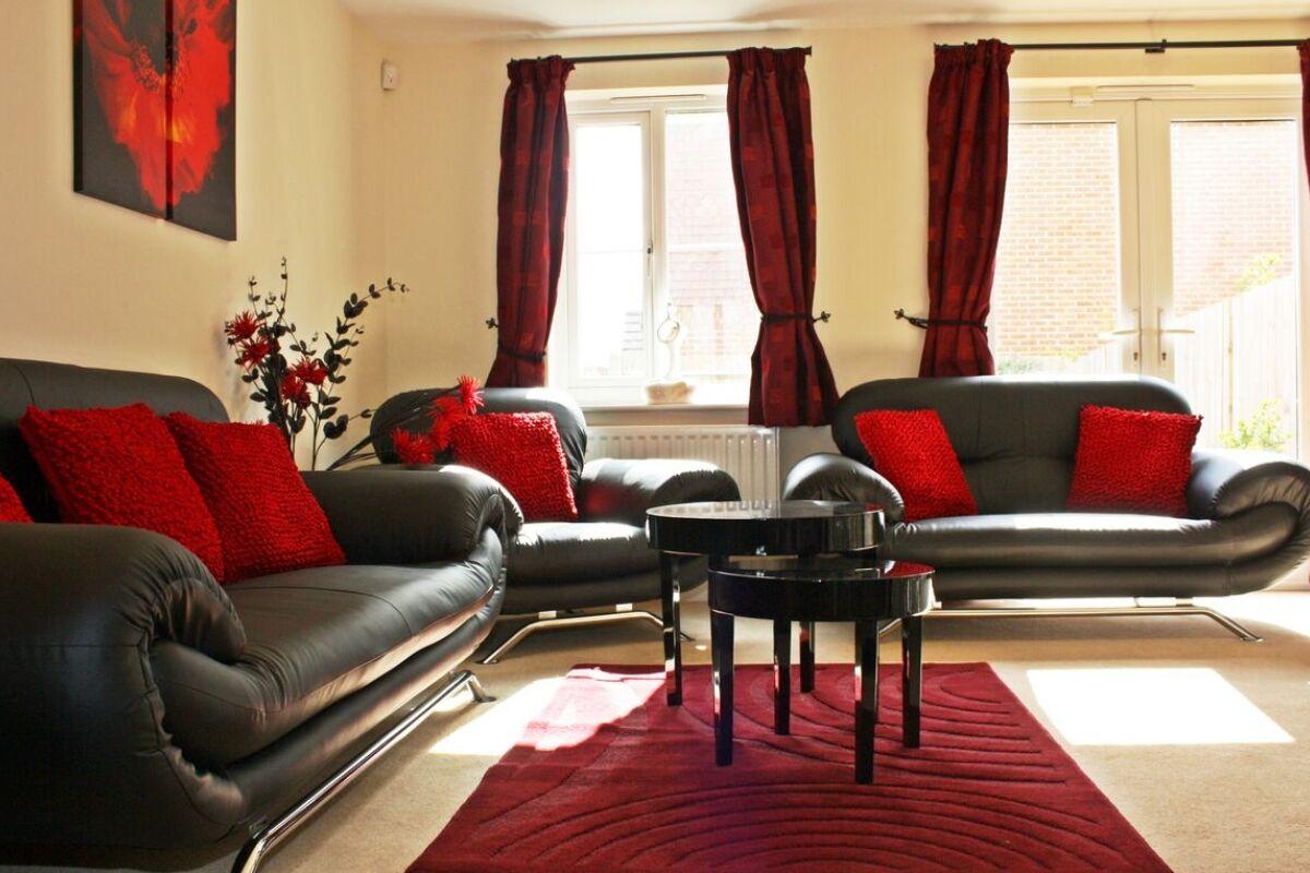 Living Room, Bullfinch Rise Serviced Apartments, Bracknell