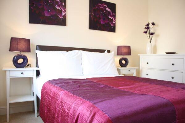 Bedroom, Bullfinch Rise Serviced Apartments, Bracknell