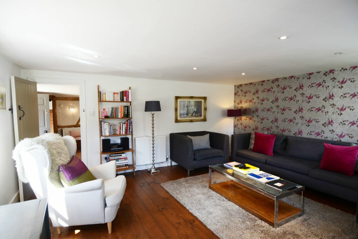 Living Area, The Old Post Office Serviced Accommodation, Abingdon