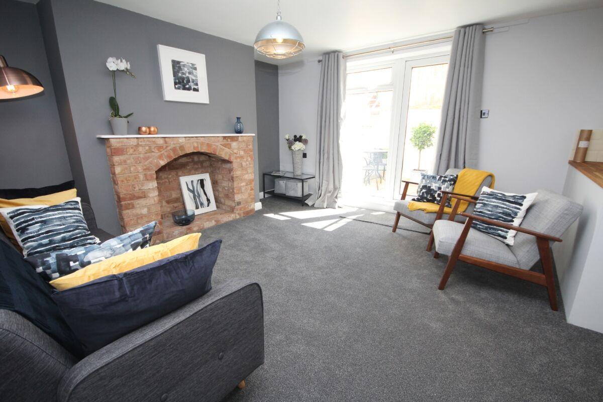 Living Area, The Courtyard Serviced Apartment, Leamington Spa
