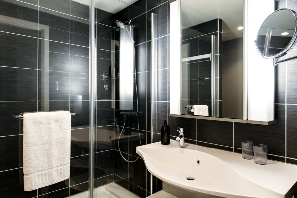 Bathroom, Liverpool City Centre Serviced Apartments, Liverpool
