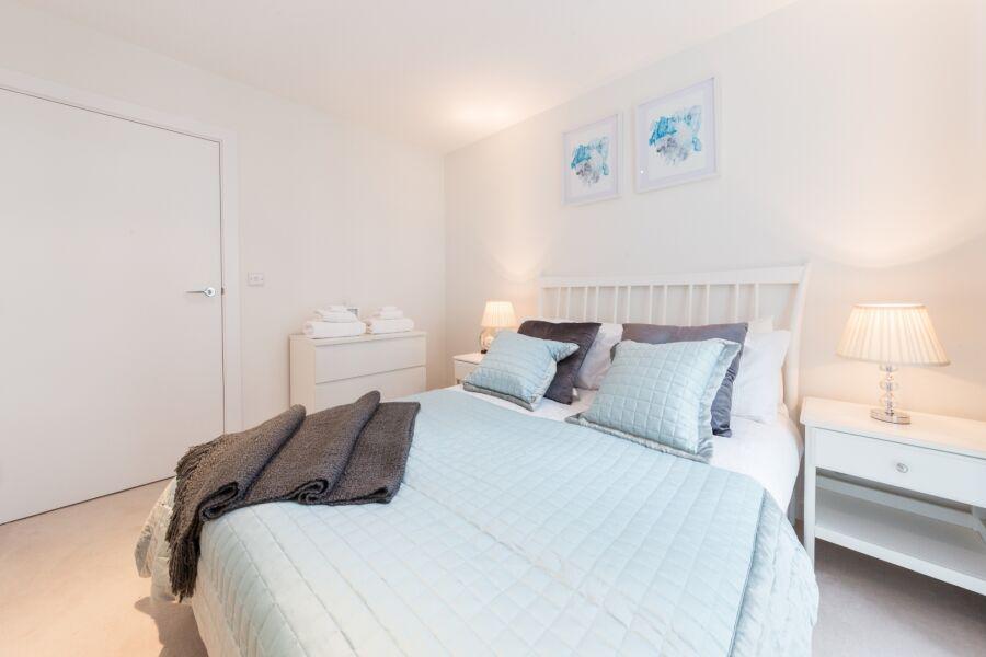 Kew Apartments - Brentford, West London