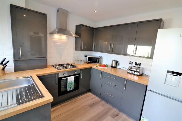 Kitchen, Brora House Serviced Accommodation, Hamilton