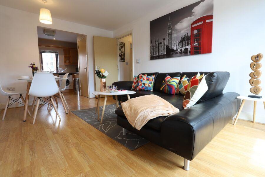 Rickman Drive Apartment - Birmingham, United Kingdom
