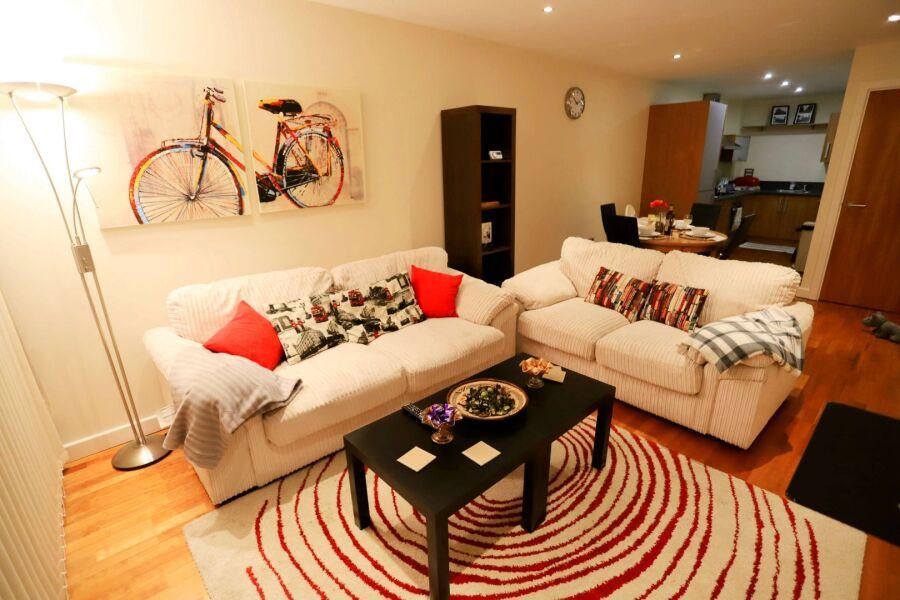 Canal Square Apartment - Birmingham, United Kingdom
