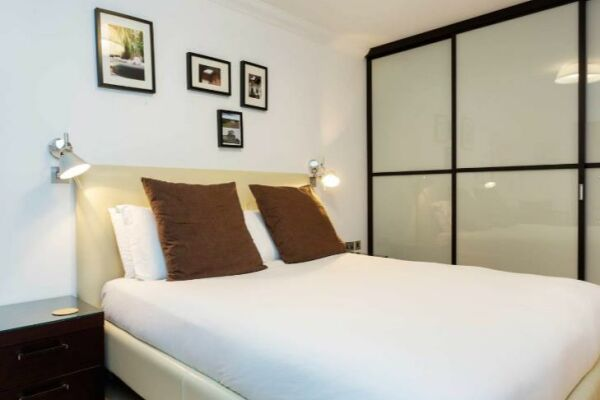 Bedroom, Fabian Road Serviced Accommodation, London