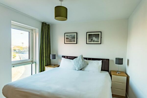 Bedroom, Quayside Serviced Apartments, Cardiff