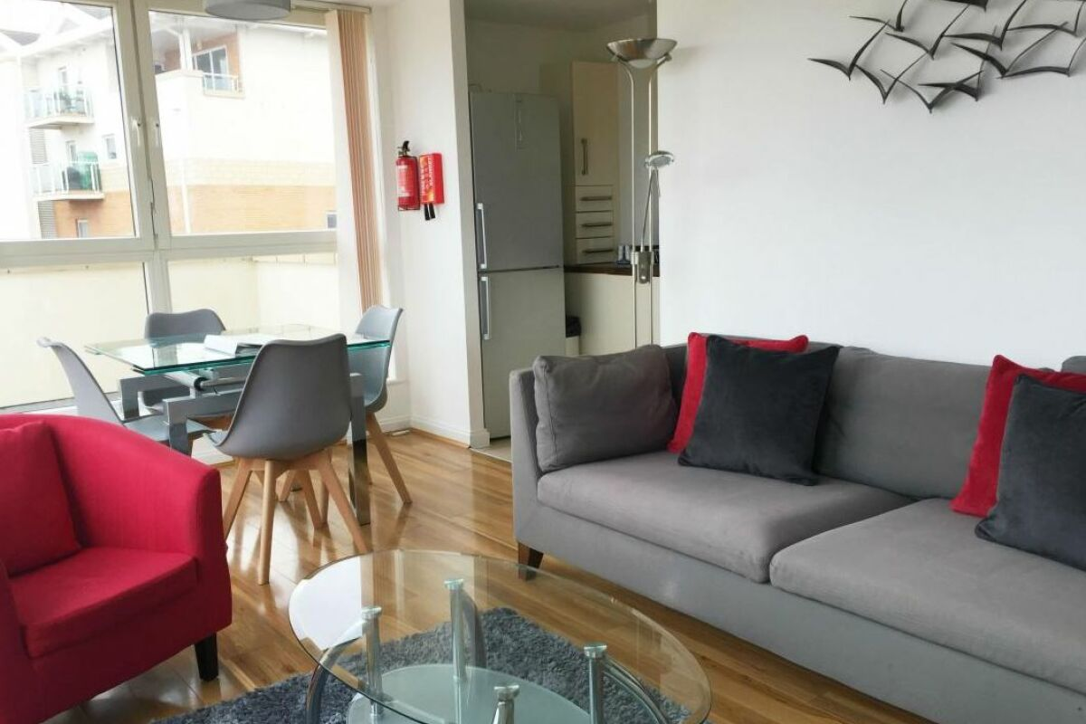 Living Area, Century Wharf Serviced Apartments, Cardiff