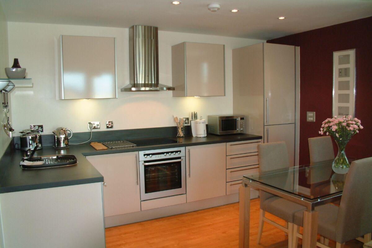 Kitchen, Ocean Reach Serviced Apartments, Cardiff