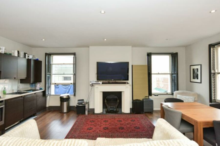 Seymour Walk Apartment - Chelsea, Central London