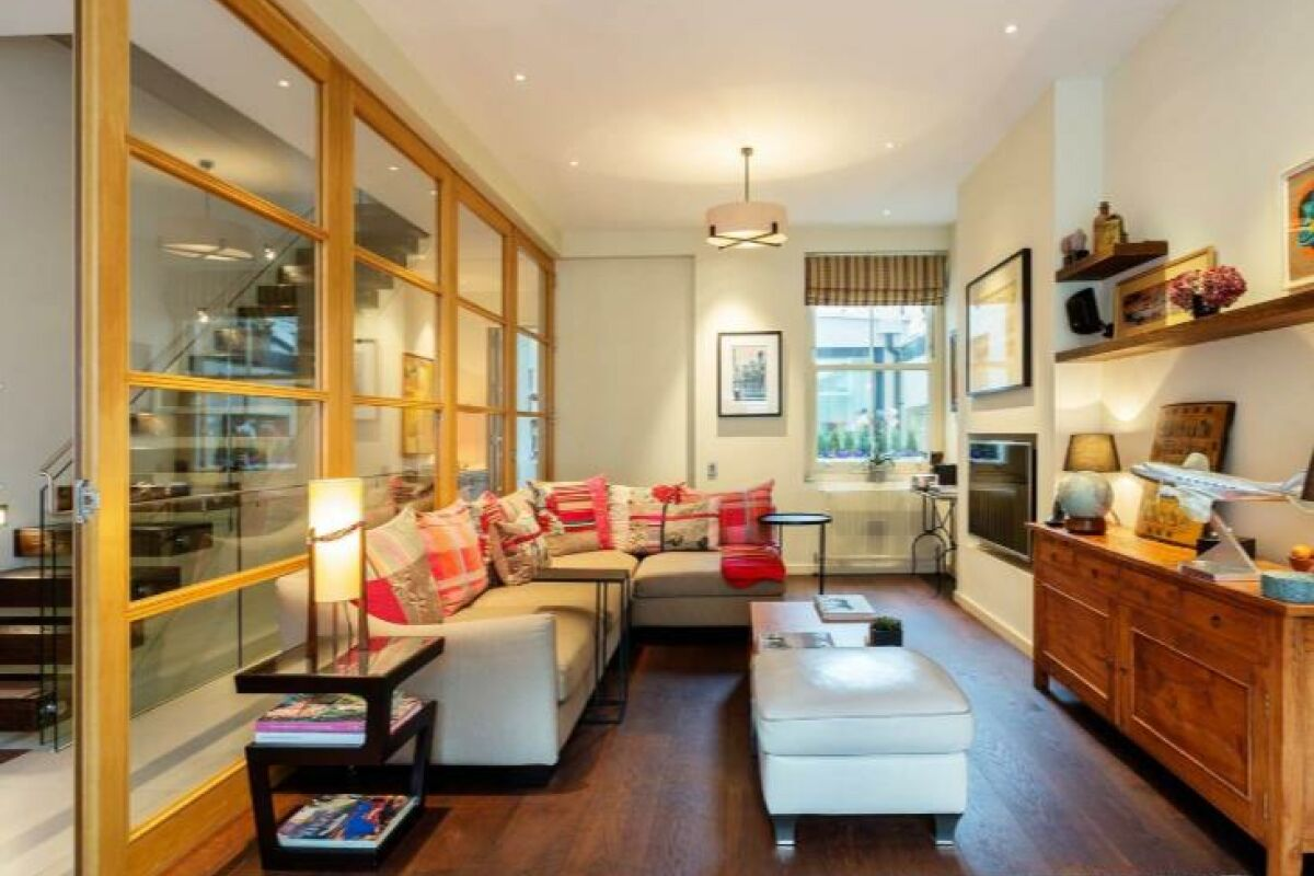 Living Area, Bradbourne Street Serviced Accommodation, London