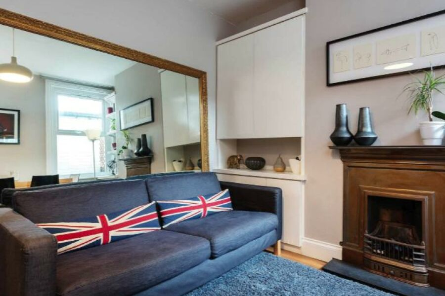 Plough Lane House Accommodation - Wimbledon, West London