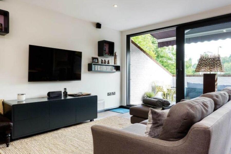 Wimbledon Terrace House Accommodation - Wimbledon, West London