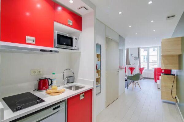 Kitchenette, Saint Denis III Serviced Apartment, Paris