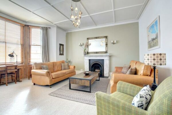 Living Area, Medina Serviced Apartment, Hove, Brighton