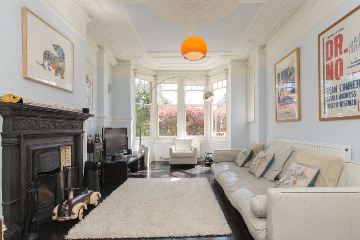 Living Area, Eton House Serviced Accommodation, East Finchley