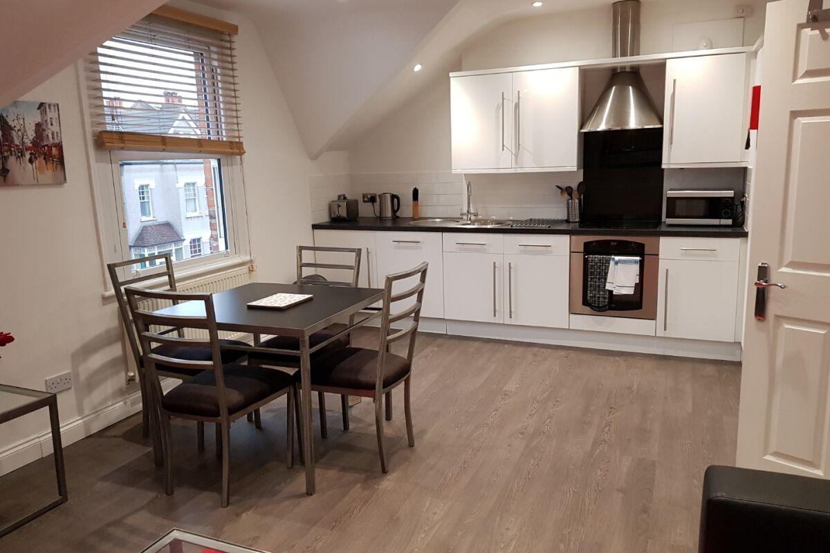 Kitchen, East Croydon Serviced Apartments, Croydon