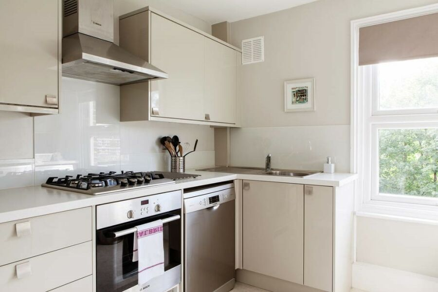 Fernlea Apartment - Balham, South West London