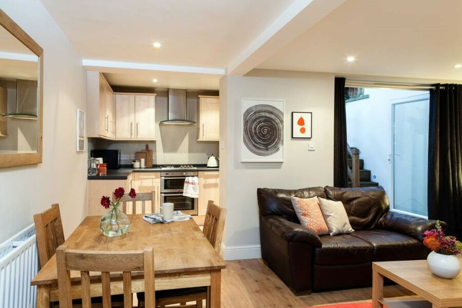 Balham Central Apartment - Balham, South West London