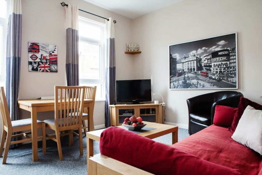 Bedford Hill Apartment - Balham, South West London