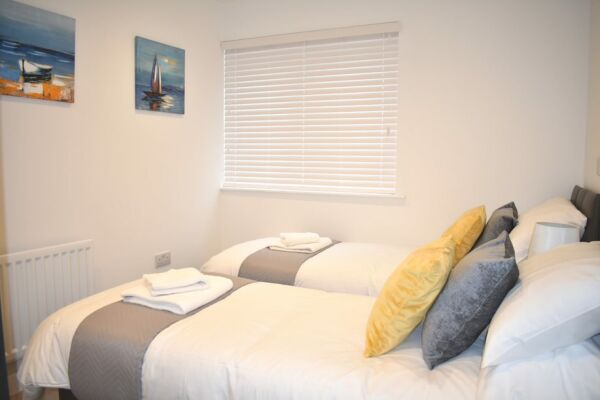 Bedroom, Duke of Wellington Court Serviced Apartments, Cheltenham