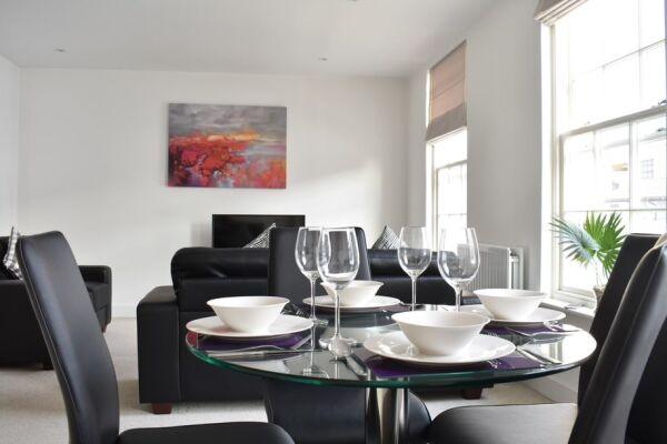 Dining Area, Regency Place Serviced Accommodation, Cheltenham