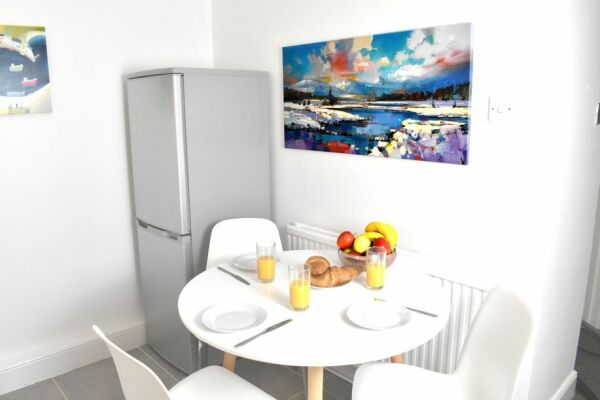 Dining, Montpellier Villas Serviced Apartment, Cheltenham
