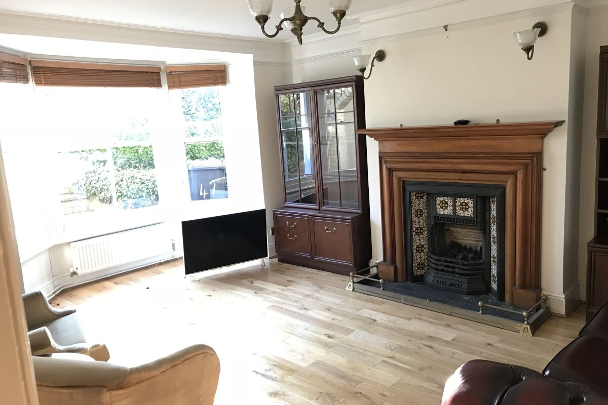 Living Area, Melrose Serviced Apartment, Cambridge