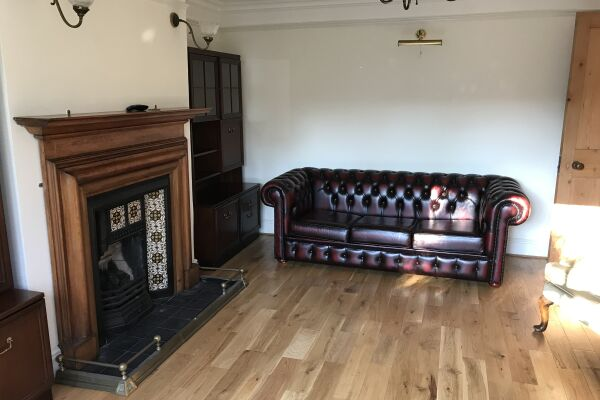 Living Area, Melrose Serviced Apartment, Cambridge