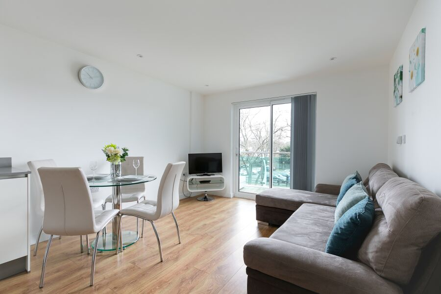Enfield Town Apartments - Enfield, Greater London